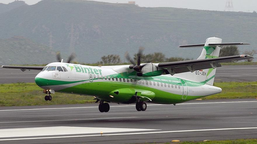 Avión modelo ATR de la aerolínea Binter