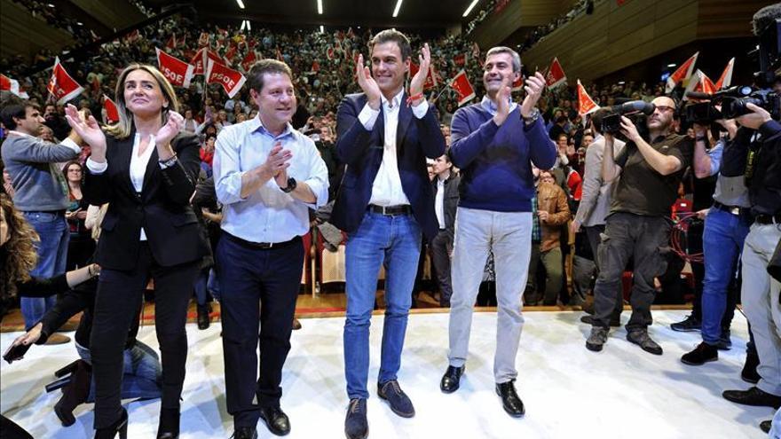 """Sánchez: """"C's pide el voto para gobernar con PP y Podemos para ganar al PSOE"""""""