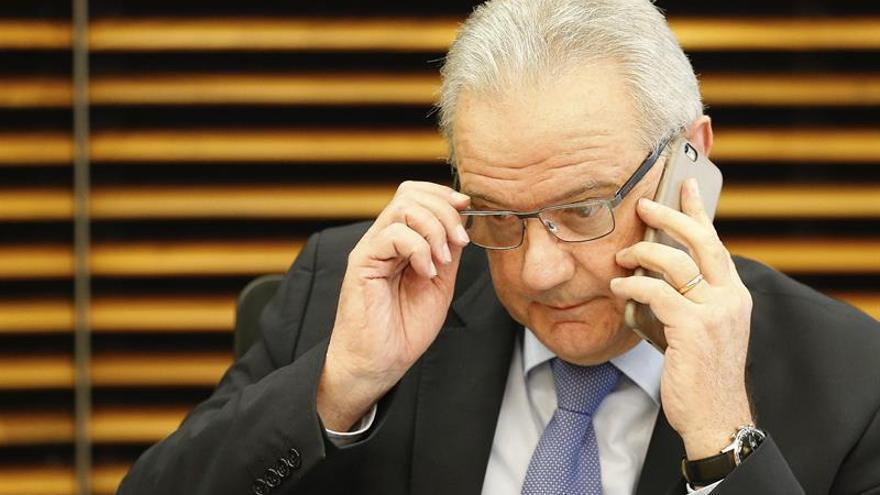 La CE propone pagar 250.000 euros por refugiado para no participar en su acogida