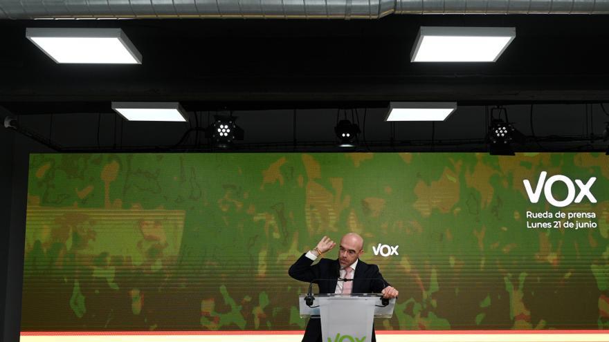 El vicepresidente Primero de Acción Política y eurodiputado de VOX, Jorge Buxadé, en reuda de prensa