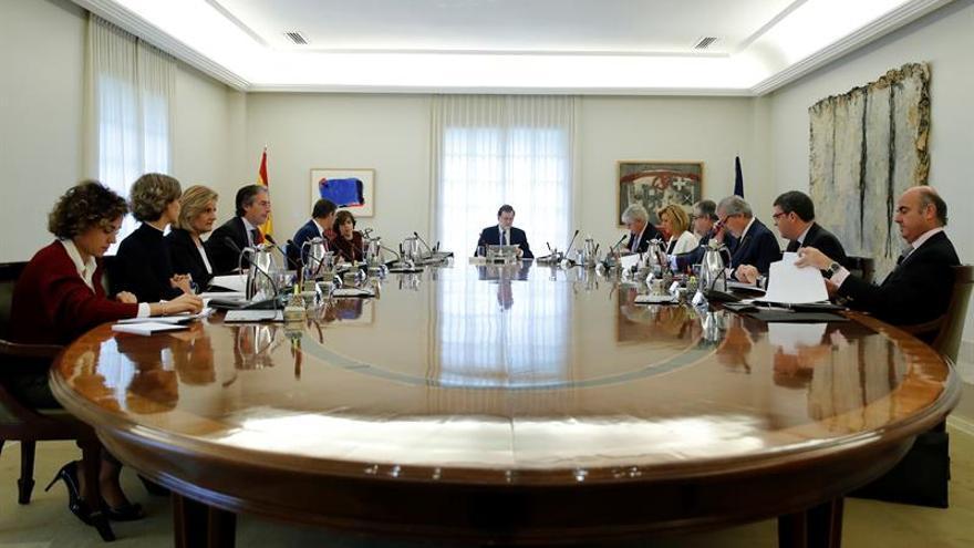 Rajoy baraja convocar mañana Consejo Ministros para tramitar asuntos del 21D
