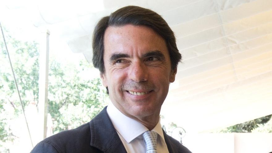 Aznar apadrina en Madrid el archivo de Ordóñez, del que se ausentó la cúpula del PP vasco en su presentación en Euskadi