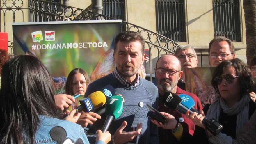 """Maíllo (IULV-CA) rechaza """"lecciones"""" de Cifuentes y critica que recurra al """"tópico permanente"""" contra Andalucía"""