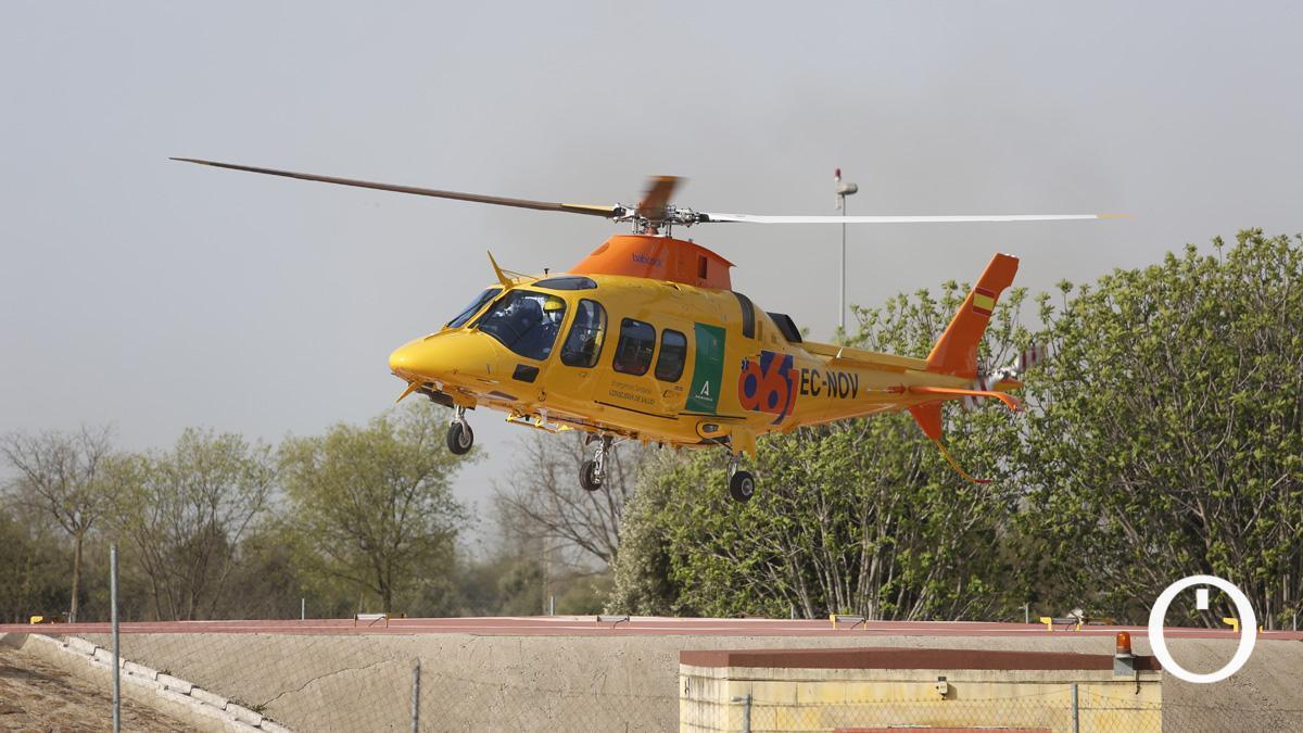 Helicóptero del 061 en Córdoba.