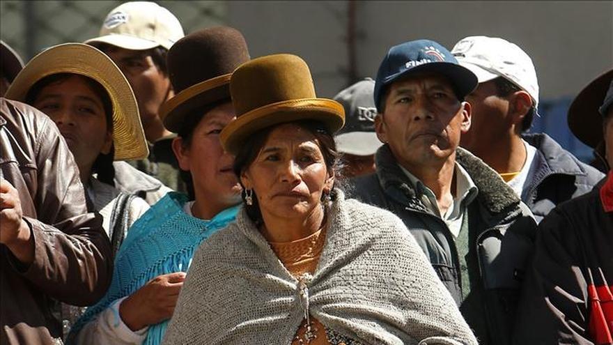 El Ejército boliviano, con las manos en la masa para enfrentar la huelga de los panaderos
