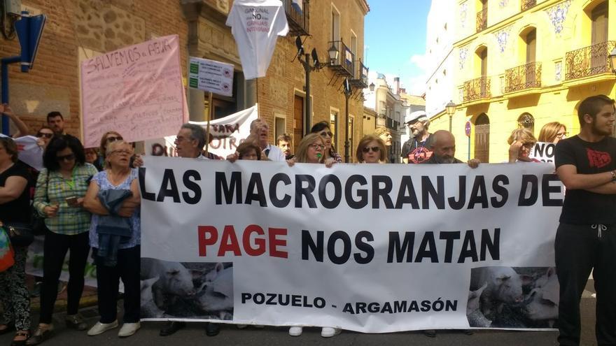 Concentración contra las macrogranjas en Talavera de la Reina