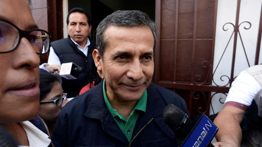 """Padre de Humala califica de """"burrazo"""" a juez que ordenó la prisión de su hijo"""