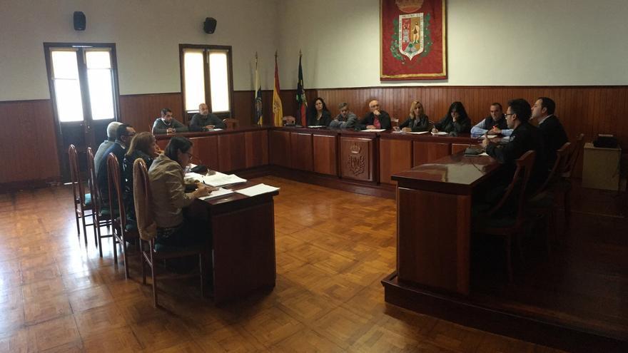 Pleno del Ayuntamiento de la Villa y Puerto de Tazacorte.