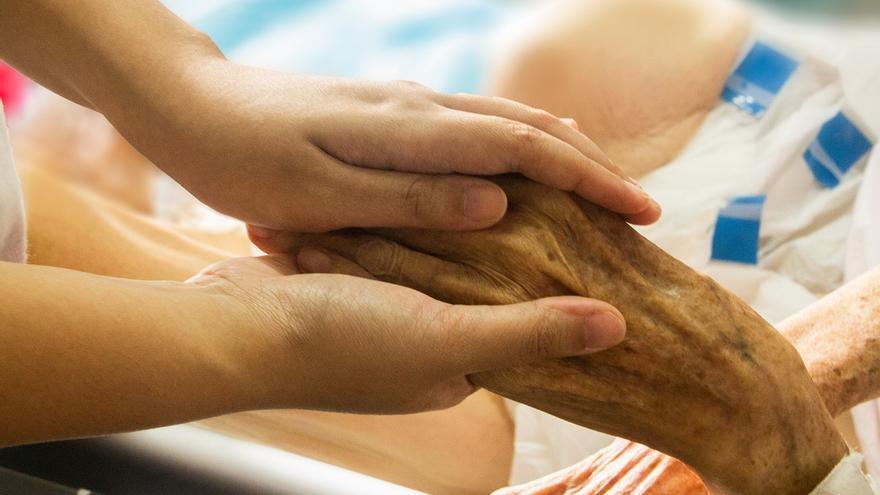 La despenalización de la eutanasia se debate en el Congreso.
