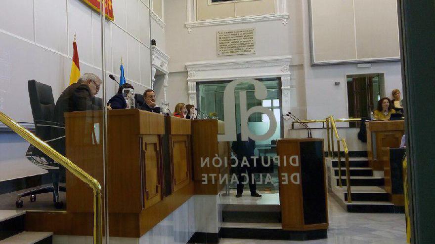 El pleno de la Diputación de Alicante