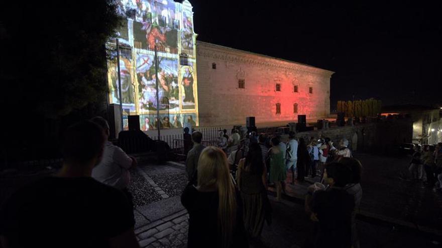 La monumental ciudad de Toledo se tiñe de luz y sonido con 'Luz Greco 2015'
