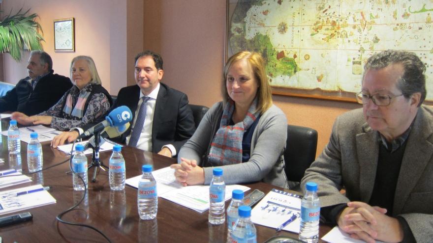 Las personas dependientes con prestación en Cantabria se redujeron un 6,8% en 2014