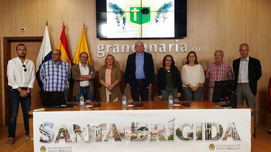 El Grupo de Gobierno del Ayuntamiento de Santa Brígida confía en recuperar la obra del centro comercial.