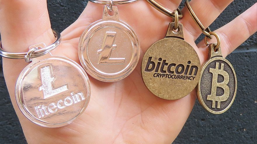 La tecnología 'blockchain' puede utilizarse para distribuir una renta básica en criptomonedas