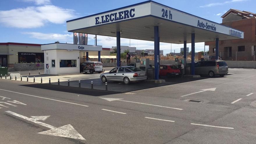 Cantabria, entre las cinco ccaa que no aplicarán el próximo año el impuesto autonómico de carburantes