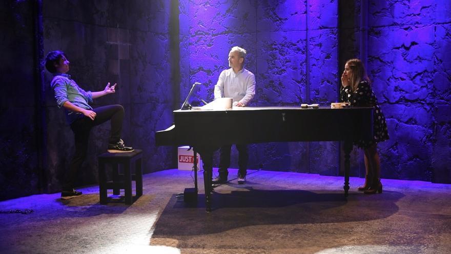 Escena de la obra 'La mejor canción del mundo'