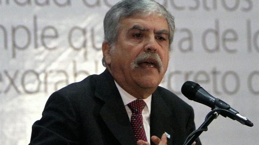 Diputado argentino acusado de desviar fondos dice que no se amparó en sus fueros
