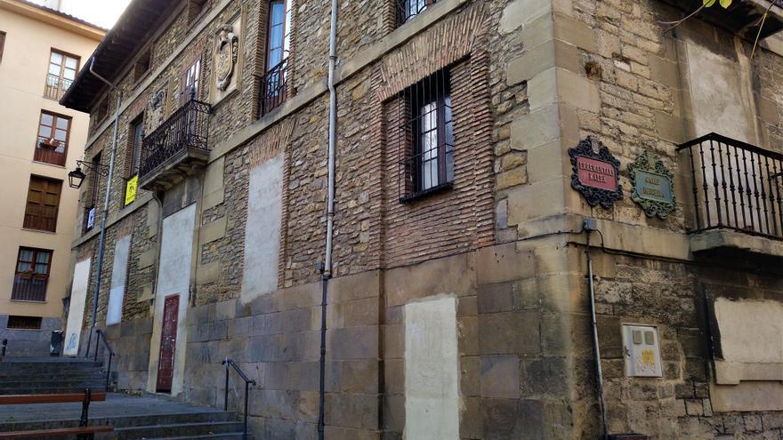 El palacio Álava-Velasco, ahora reconvertido en el proyecto feminista 'Talka'