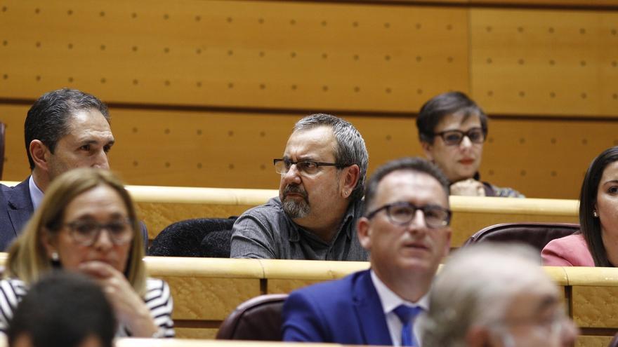 CDC se apoya en un senador de Bildu procesado por colaboración con ETA para intentar formar grupo propio