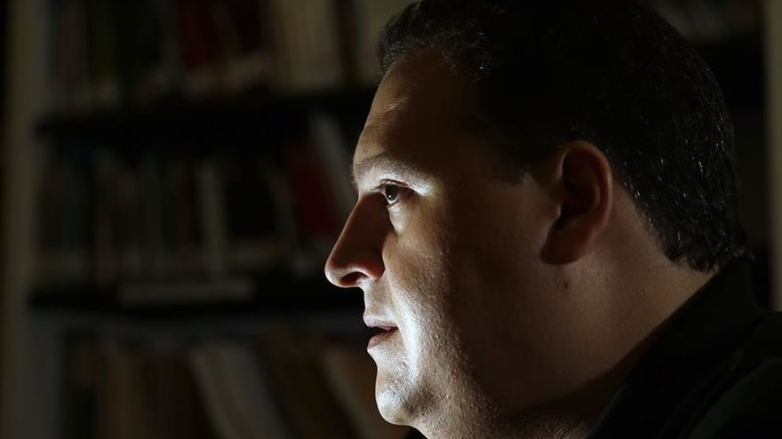 """El hijo de Pablo Escobar ve """"apología del delito"""" en las producciones sobre su padre"""