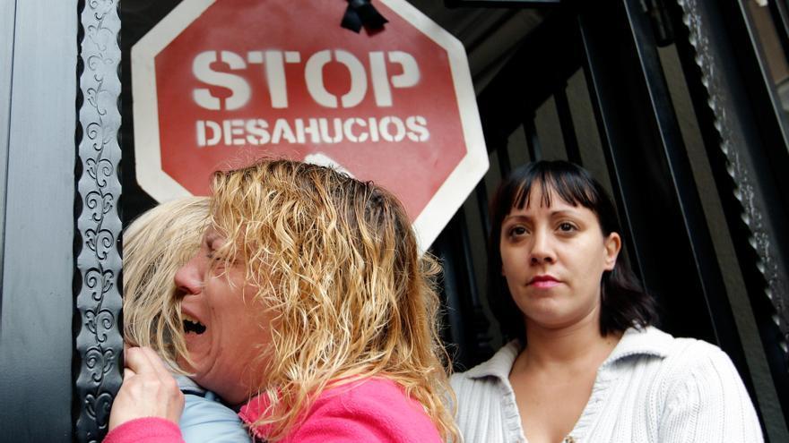 En España cumplen los requisitos para suspender un desahucio 120.000 familias