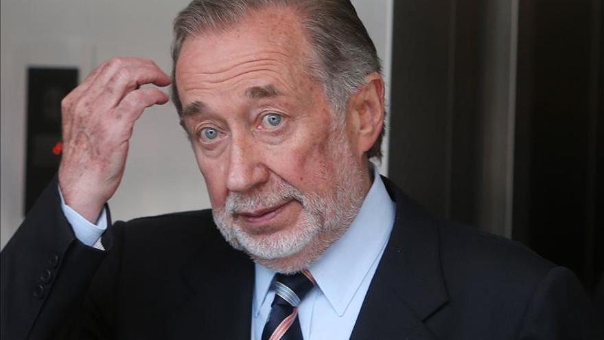 Líder de derechas es declarado culpable por delitos de corrupción en Chile