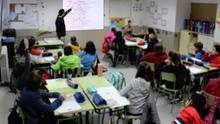 Alumnos durante una clase en un centro valenciano antes de la crisis de la COVID-19.