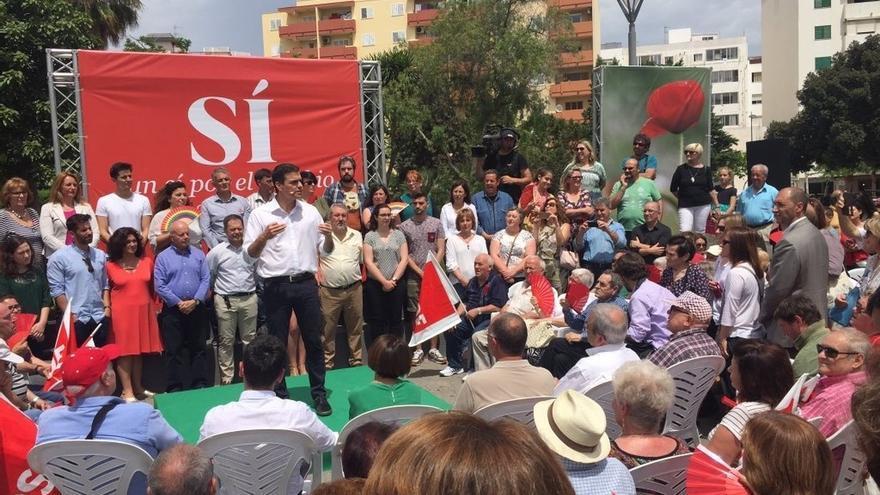 """Pedro Sánchez acusa a Iglesias de """"equivocarse de adversario"""" y bloquear el cambio"""