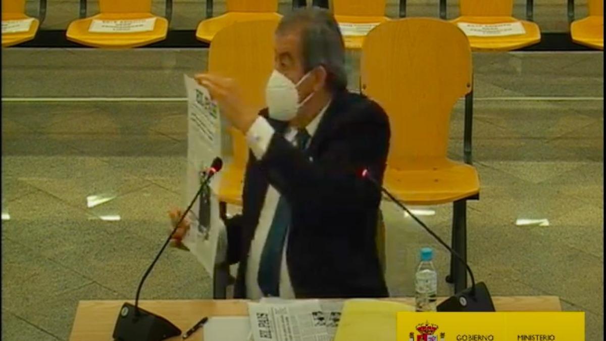 El ex secretario general del PP Francisco Álvarez-Cascos en su declaración como testigo en el juicio de la caja B