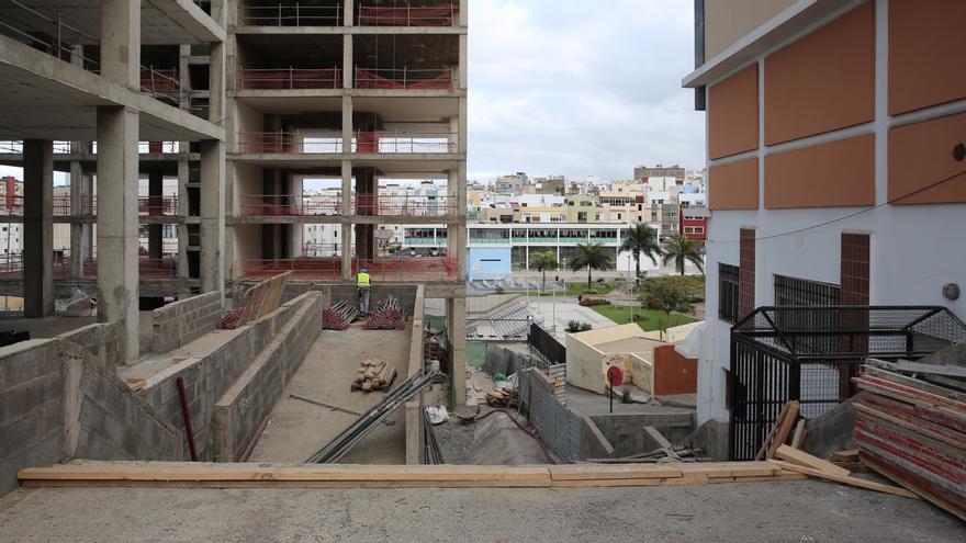 Las obras continúan en las torres del Canódromo, en Las Palmas de Gran Canaria.