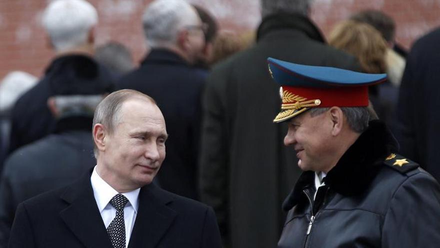 Rusia acusa a EEUU de matar en bombardeo a una veintena de civiles en Siria
