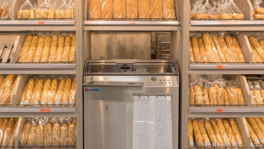 Rebanadora de pan incluida en la sección del horno
