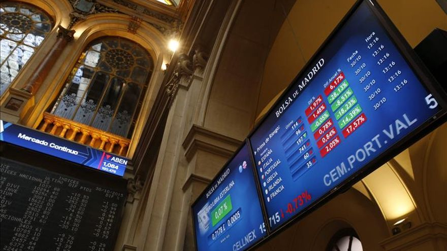 La prima de riesgo de España abre al alza en 124 puntos básicos