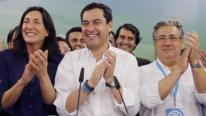 Moreno pide a Díaz que defienda un gobierno de Rajoy en el congreso federal