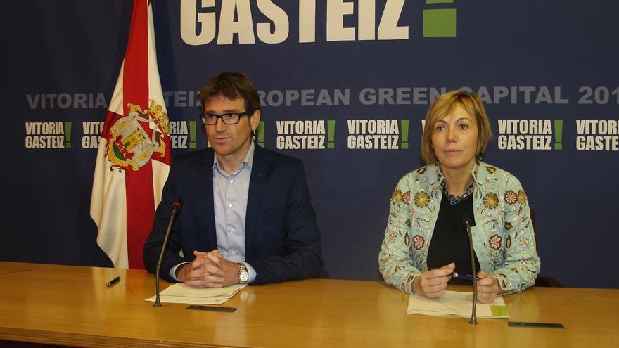 "El alcalde de Vitoria emplaza a EH Bildu a ""romper el silencio"" y explicar las irregularidades de Miren Larrion"