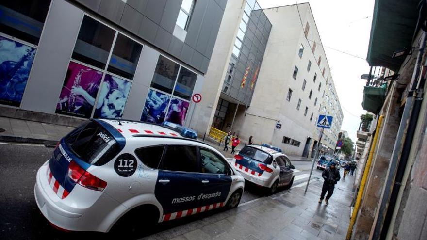 """Muere un detenido en una comisaría de los Mossos tras sufrir una """"indisposición"""""""