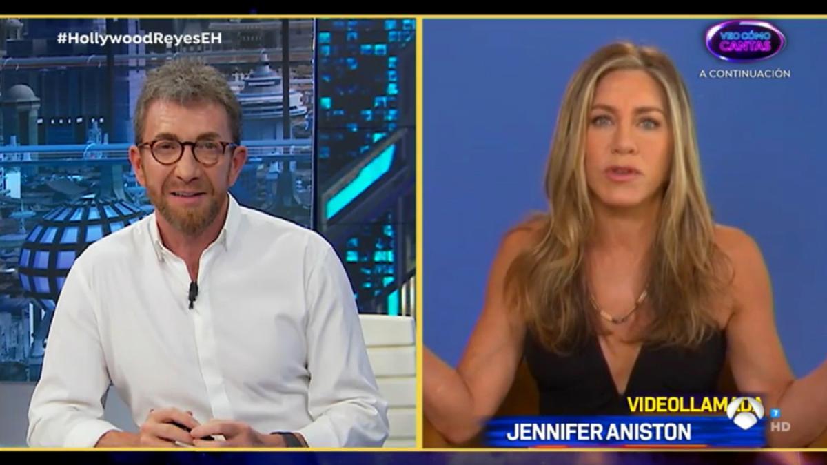 Pablo Motos y Jennifer Aniston en 'El Hormiguero'
