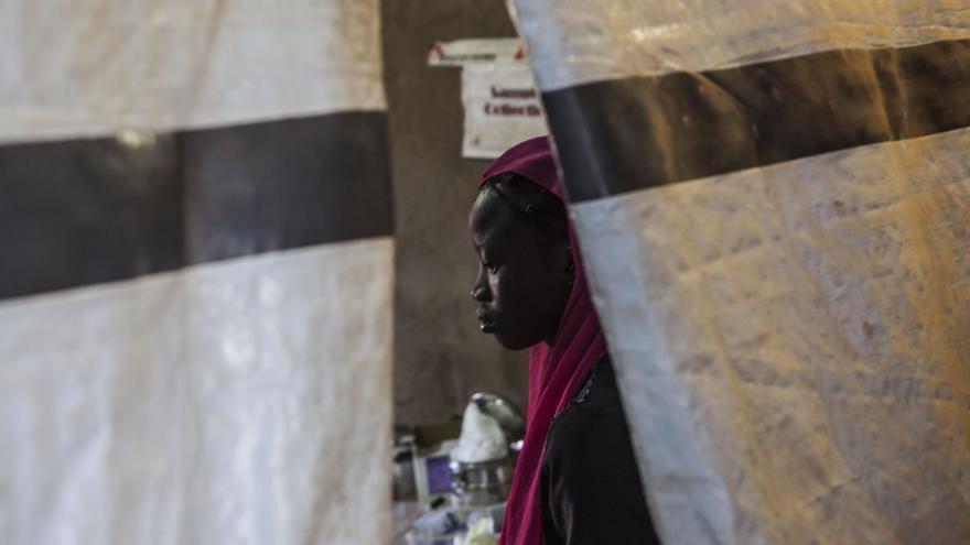 Una mujer refugiada en un campo de refugiados de Sudán del Sur. Yann Libessart/MSF
