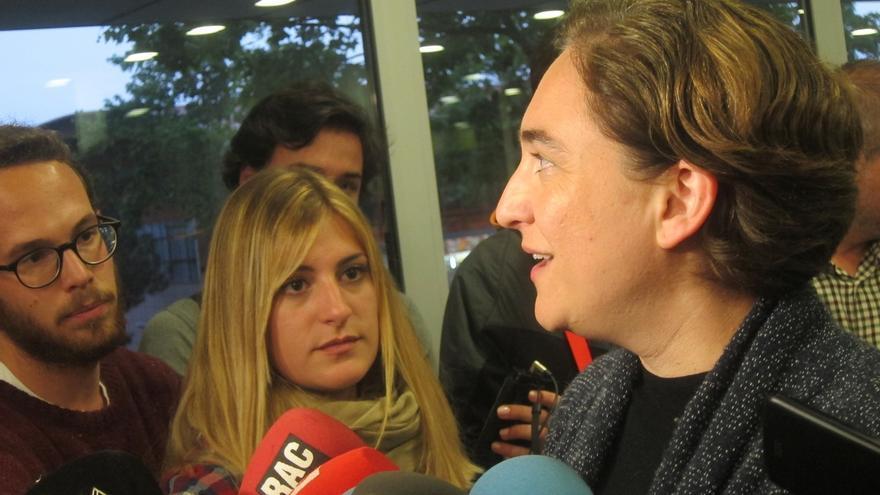 "Ada Colau celebra el acuerdo entre Podemos e IU: ""Ha ilusionado a mucha gente"""