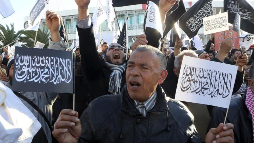 La Asamblea Constituyente tunecina tiene previsto votar hoy la nueva Constitución