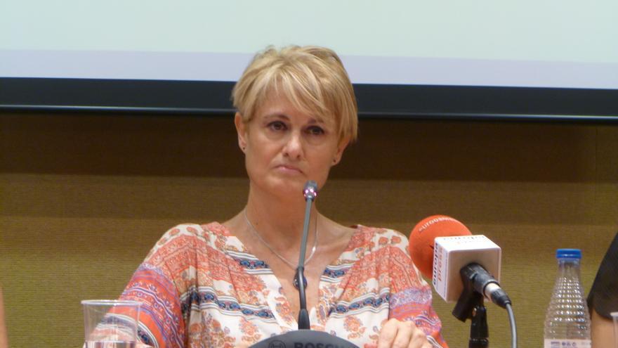 Ángela González, víctima de violencia de género, comenta la condena de la ONU sobre su caso. / L.O.
