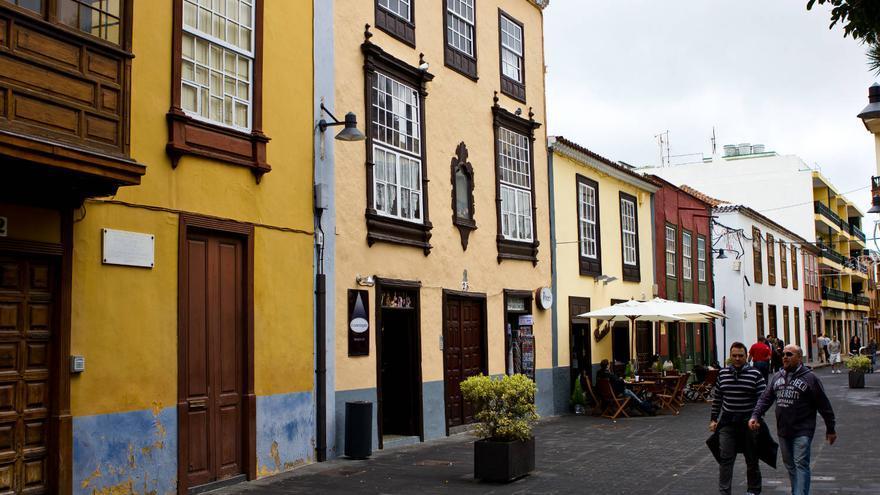 Casas coloniales canarias en el casco histórico de La Laguna. VIAJAR AHORA
