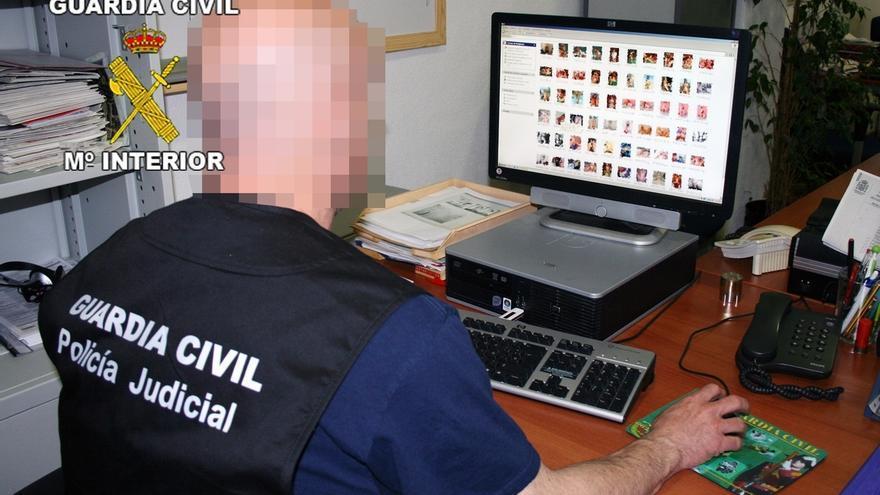 La Guardia Civil inicia una campaña contra la distribución ilegal de contenidos en Internet con el bloqueo de 23 web