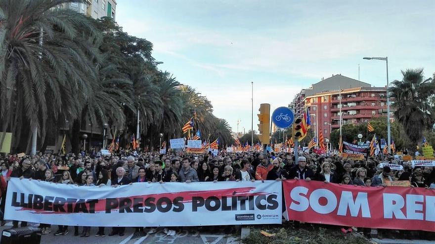 La cabecera de la manifestación de Barcelona llega al final del recorrido