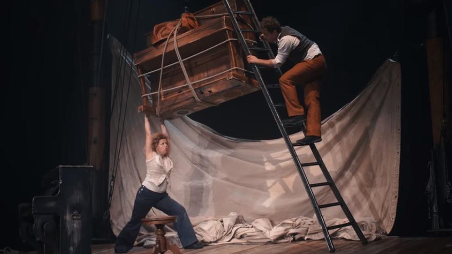 D'Irque & Fien presenta su obra 'Sol bémol' en el Palacio de Festivales este jueves