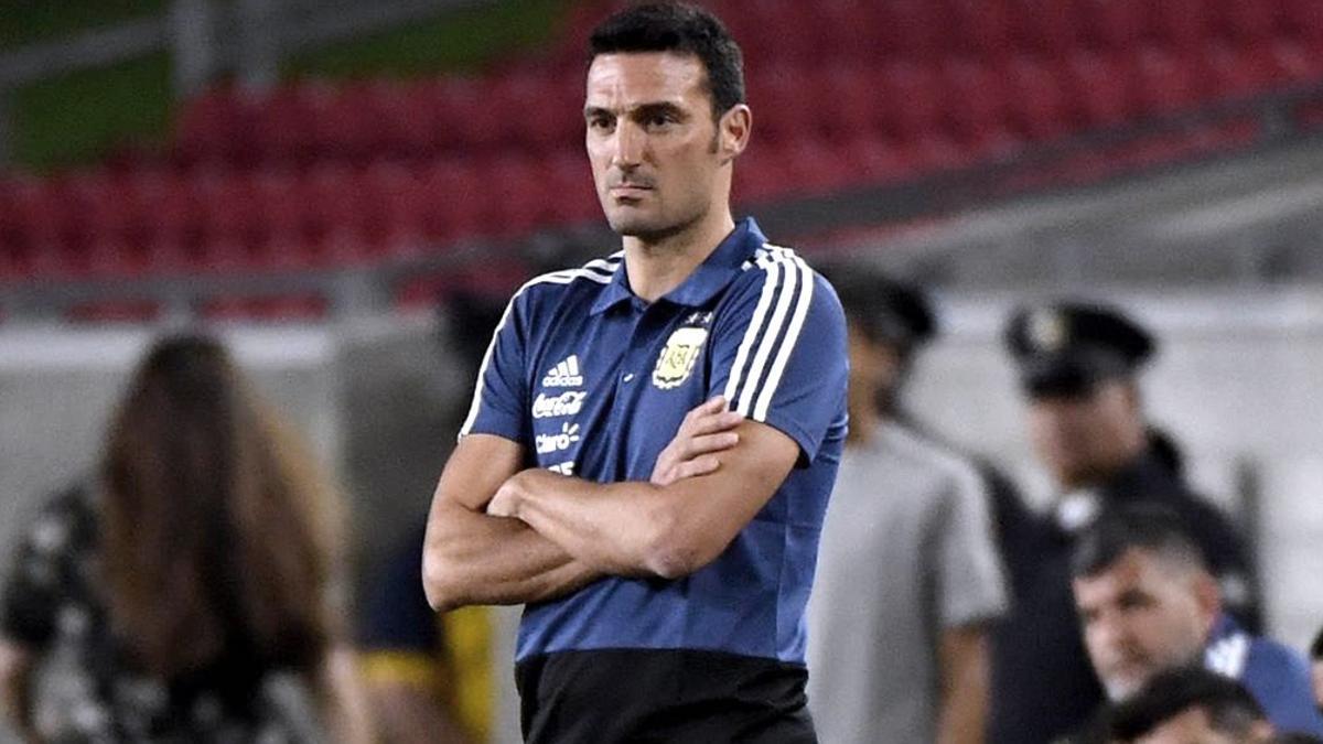 Lionel Scalini arrancó con dos sorpresas: dejó afuera de la lista de convocados a Ocampos y Foyth.