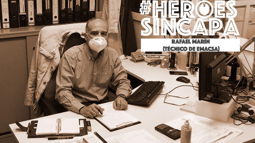 Rafael Marín, jefe de control de calidad del agua en Emacsa.