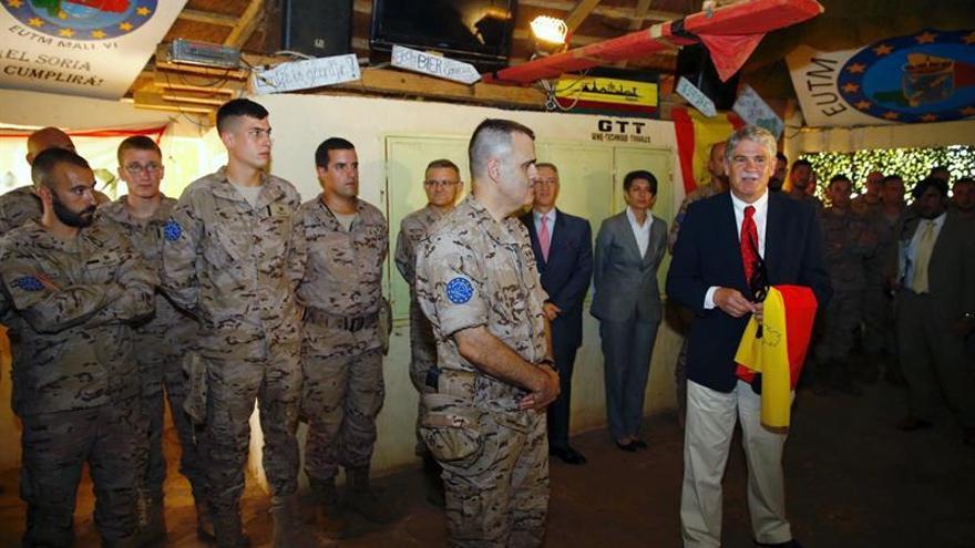 """Dastis asegura que la misión en Mali """"garantiza la paz en España y Europa"""""""