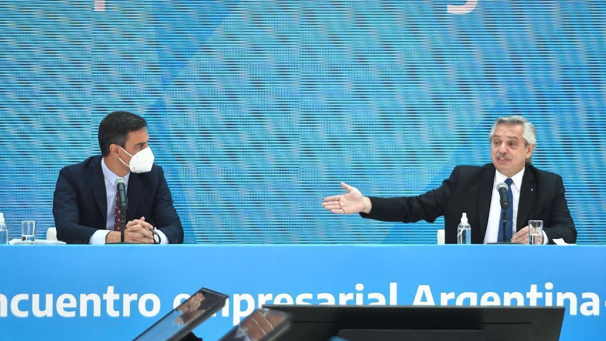 Pedro Sánchez, presidente del Gobierno de España, y Alberto Fernández, presidente de la Nación Argentina.