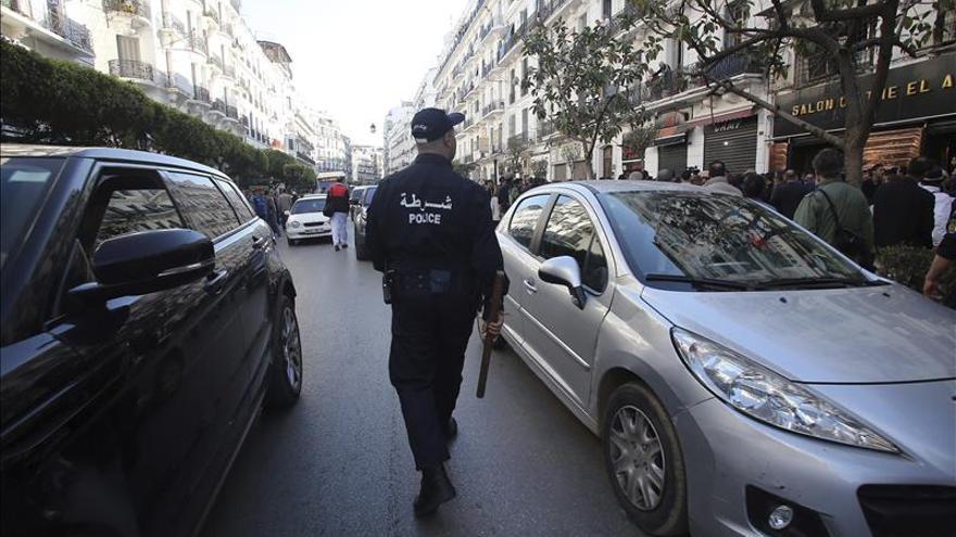 El Ejército argelino arresta a 14 presuntos yihadistas en el este del país